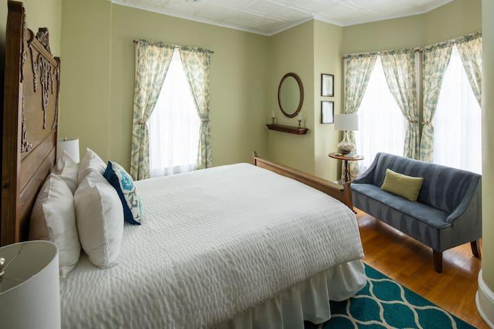 Aldrich Guest House - Room 5