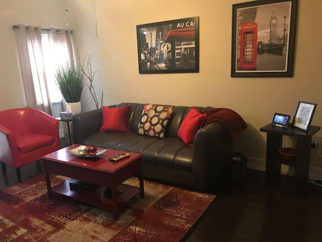 Cozy Oakland House close to Colleges and Downtown