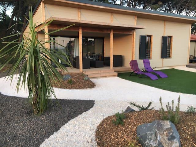 Cottage dans résidence, piscine, 15 mn de la mer - Pomérols - Almhütte