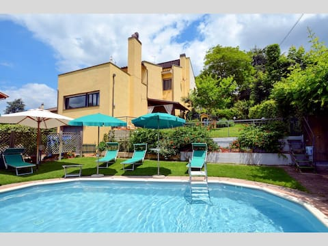 Villetta nel Verde, Holiday Home with private pool