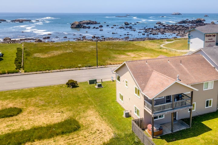 Gorgeous home w/ the ocean & beach just beyond your front door!