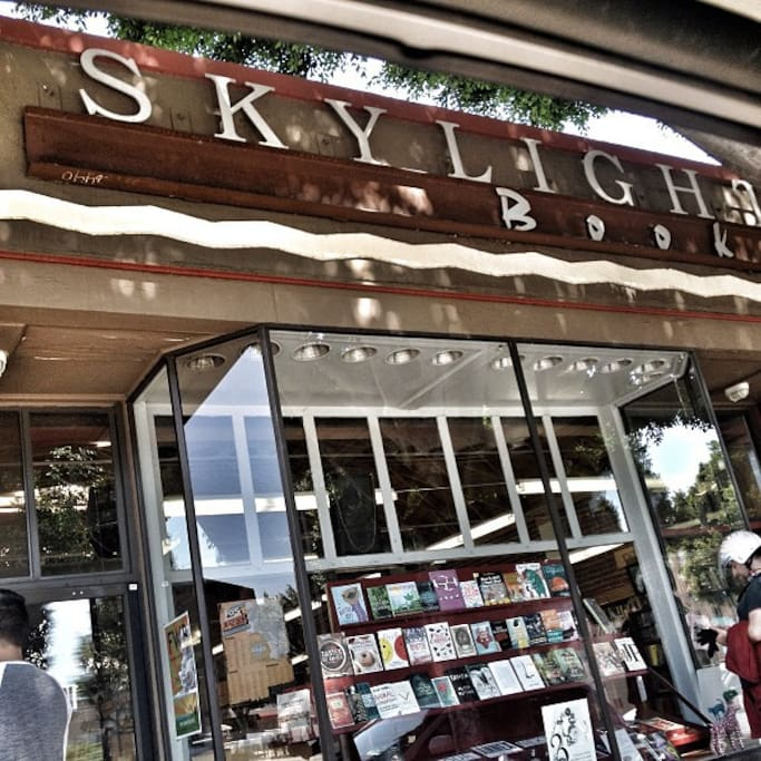 Photo of Skylight Books