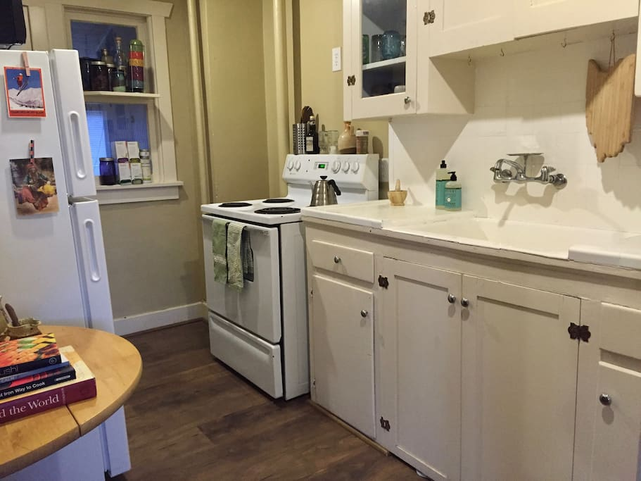 Nomad oasis in slc one bedroom apt apartments for rent for 1 bedroom apartments in salt lake city