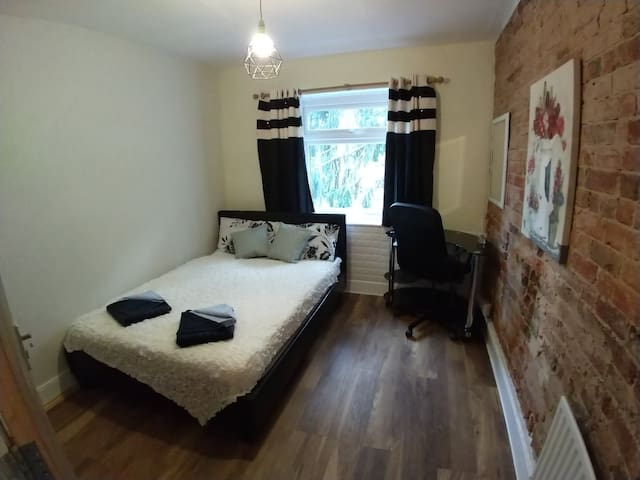 Stylish first double room with garden view