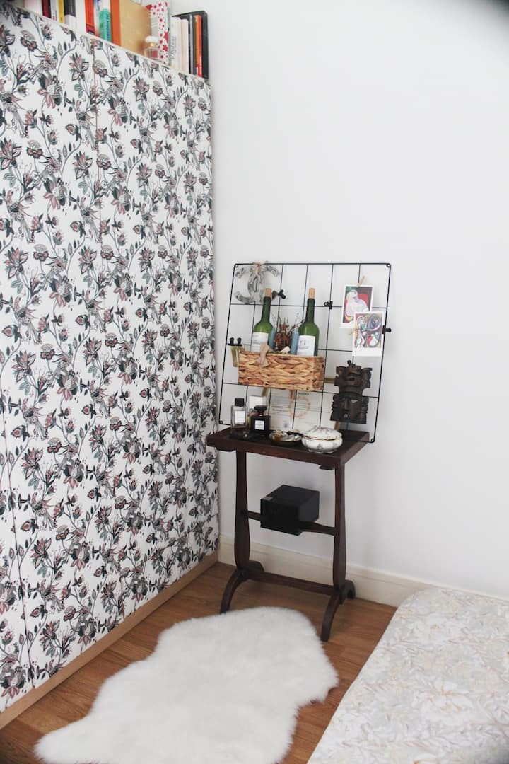 Tiny + Chic Studio with a view of The Eiffel Tower