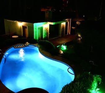 Büyük Ada - Çıralı - Villa