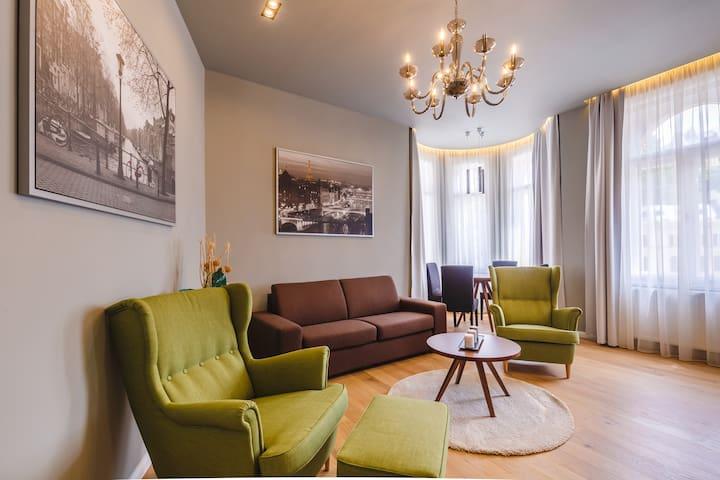 Bohemia Rhapsody - Apartment 55 m2