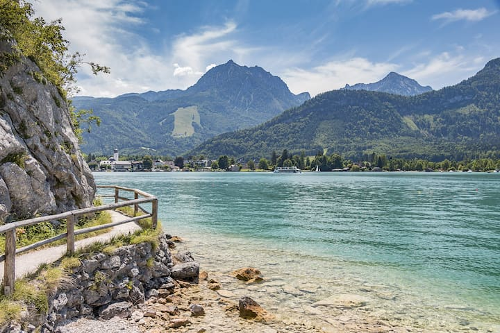 Lake & Alpine View Suite, with Pool/Sauna - Strobl - Wohnung