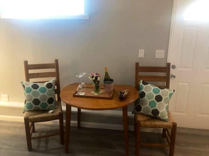 Cosy sunny Marin home studio