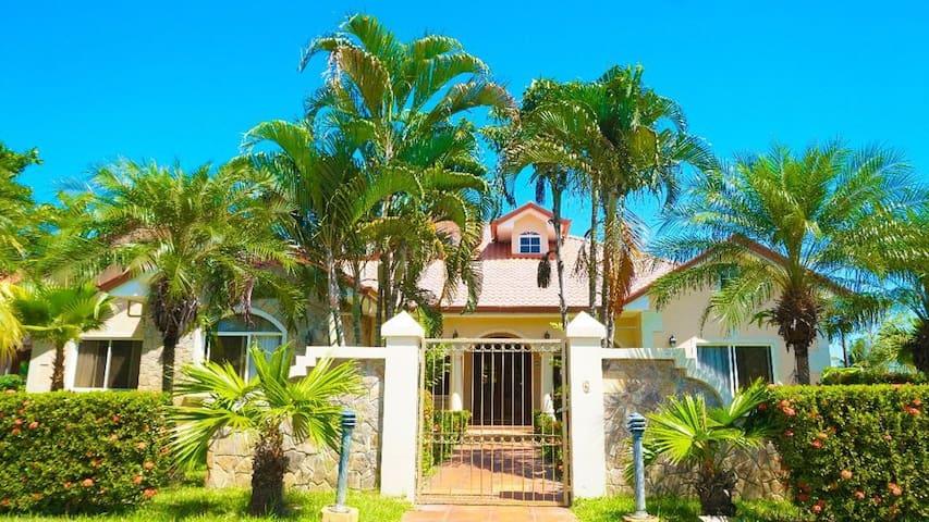Casa de Playa Residencial Privada