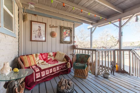 Wooden Indian Ranch Sunset Room