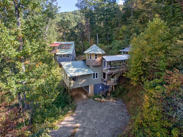 Mountain Top Compound by Asheville & Black Mtn