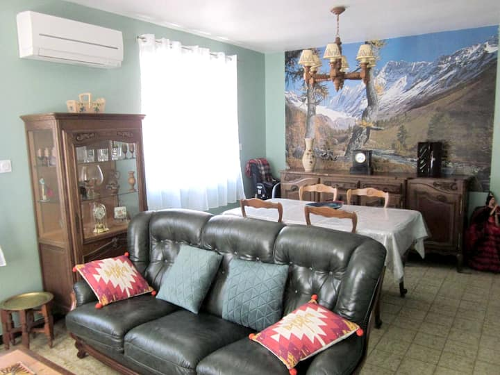 House with 3 bedrooms in They-Sous-Montfort, with furnished terrace and WiFi - 5 km from the beach