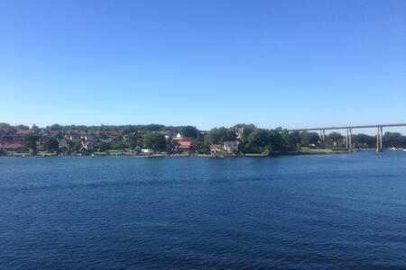 Eksklusiv ferielejlighed 150 m fra Svendborgsund