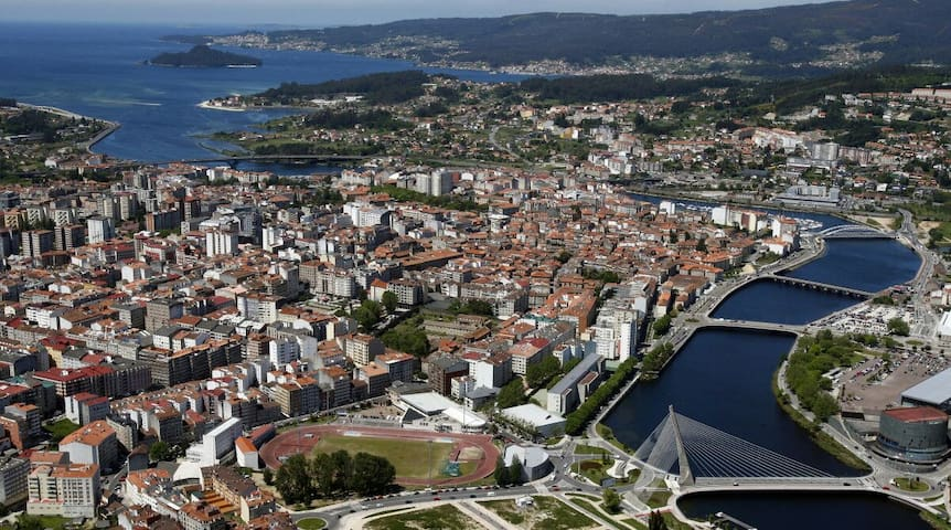 Amplio piso en Pontevedra ciudad - Pontevedra - Apartment