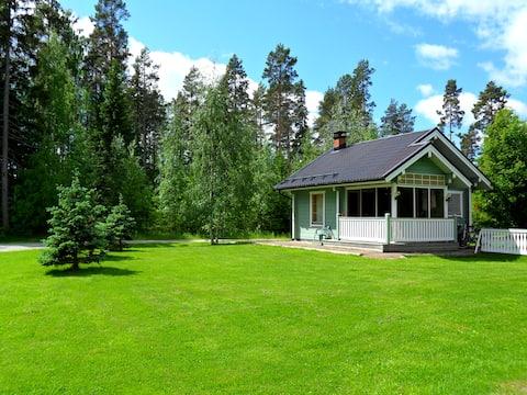Lakeside cottage in LomakyläTapiola