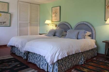 Garden Suite Blue Room
