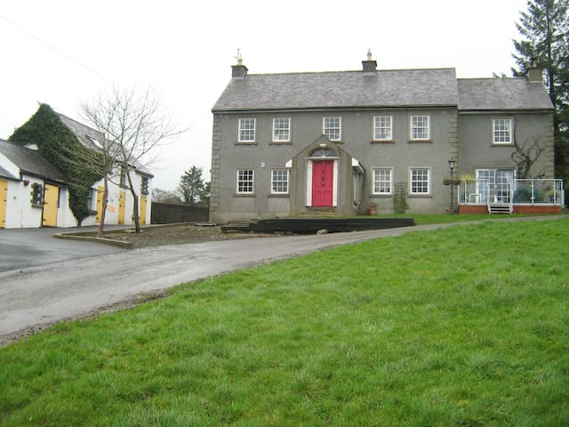 Kilcross Farmhouse - Kilkenny - Hus