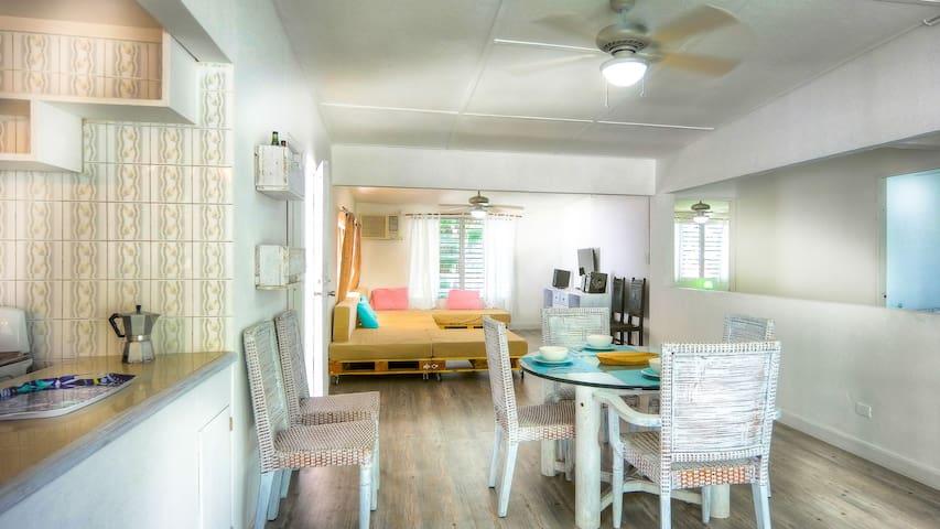 Villa Baboga, cozy cottage 8+, golf Kart included - Contadora - Maison