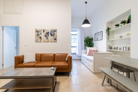 Spacious Apartment //City Center Near The Market
