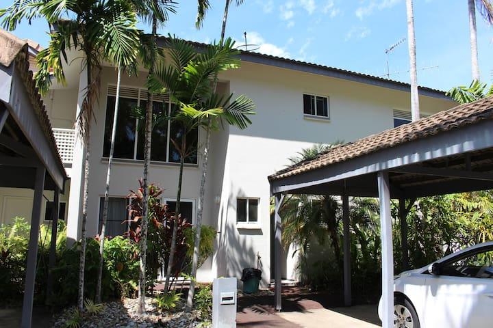 Villa 105 @ Reef Resort - beside the pool