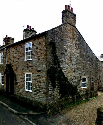 Woodman's Cottage - North Pennines House