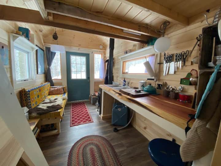 Amazing Tiny House (Rootstock Retreat)