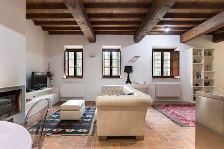 Fascino a Camaiore/Tuscany charme