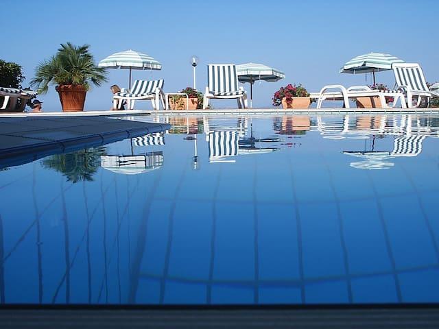 B&B Hotel Pithaecusa - Isola d'Ischia - Casamicciola Terme - Wohnung