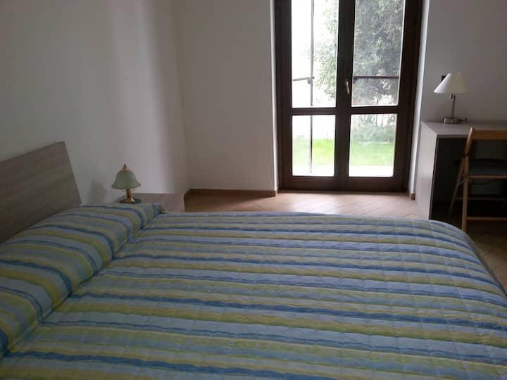 Grande stanza privata a Castiglione del lago