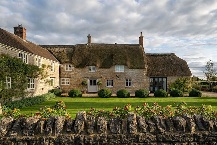 16C Farmhouse nr Castle Cary, Bruton & Glastonbury