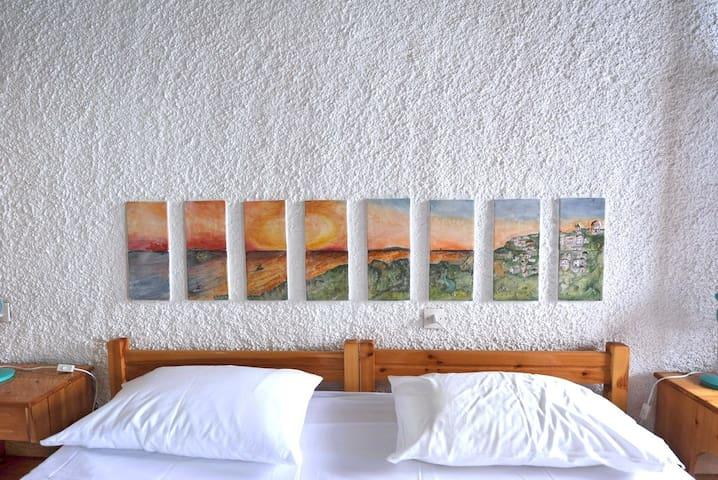 Villa DAHLIA. Private direct  access to the sea! - Klima - Villa
