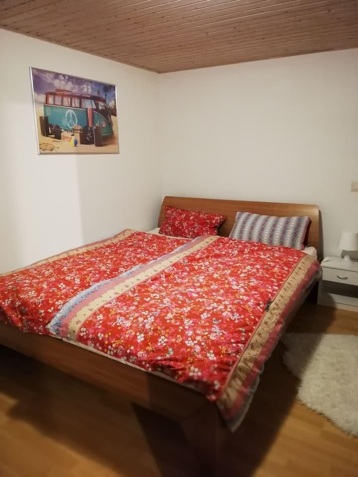 Schönes Zimmer, nahe Basel