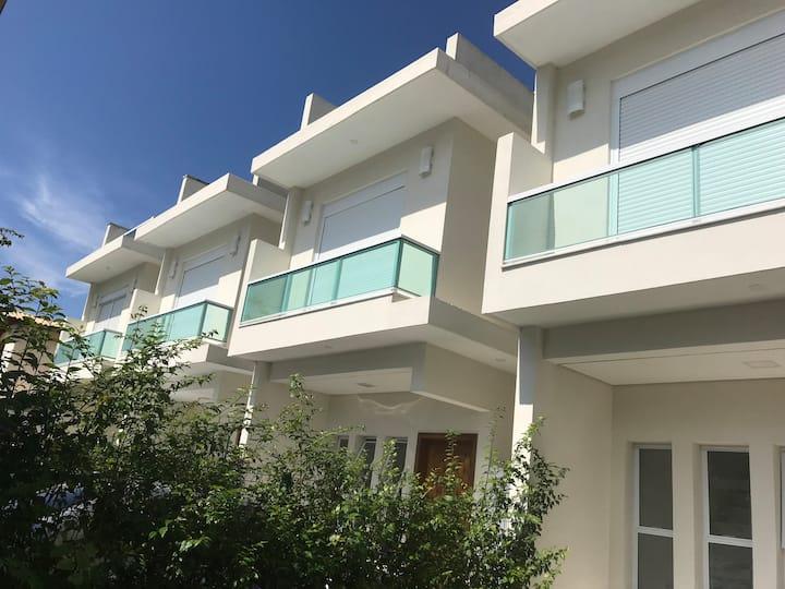 Casa 5 Villaggio juquehy c/WiFi piscina privativa