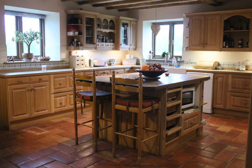 Rest of farmhouse style kitchen