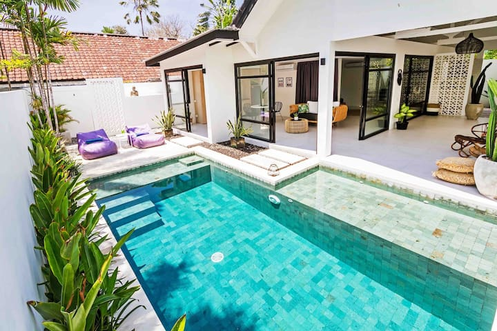 Villa KAÏA, Designer 1 bedroom beachside Seminyak