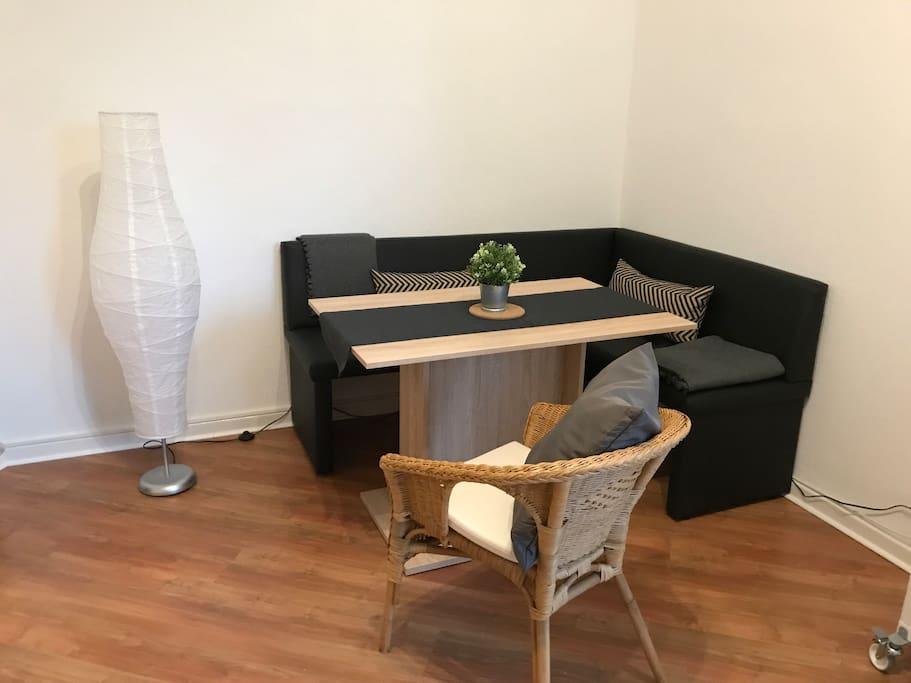 Gemütliche Sitzecke in der großen Wohnküche