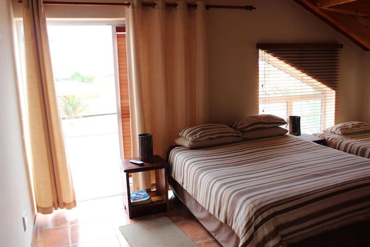2 Bedroom Semi Self catering unit photo 2