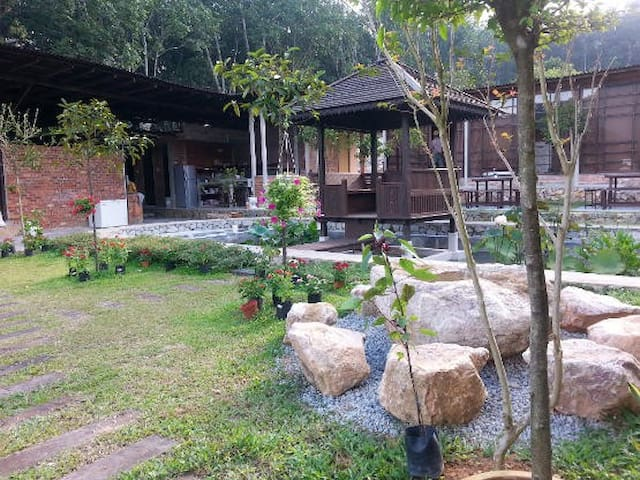 BROGA BLISS ECO GARDEN - Emerald Private Unit
