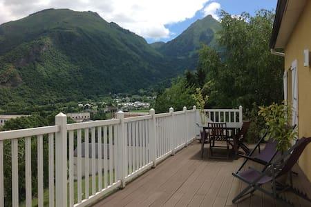 Maison de village de montagne - Soulom - Casa