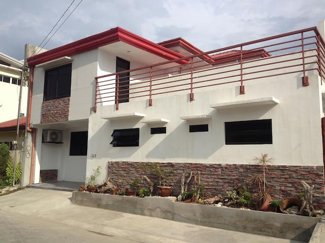 Fully Furnished Apartment/hotel type - General Santos City - Appartement