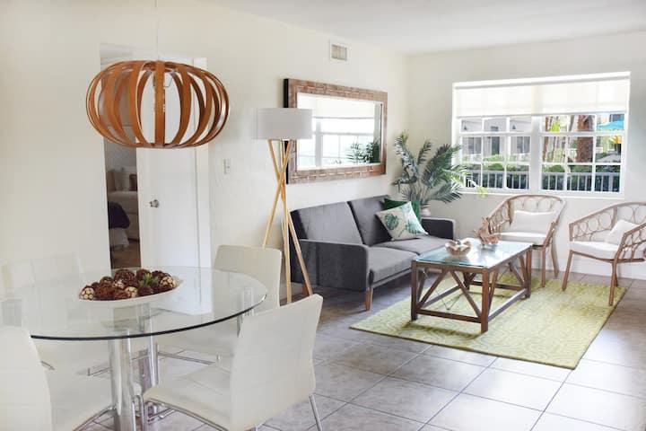 2 Bedroom apartment in Key Biscayne(3)♬