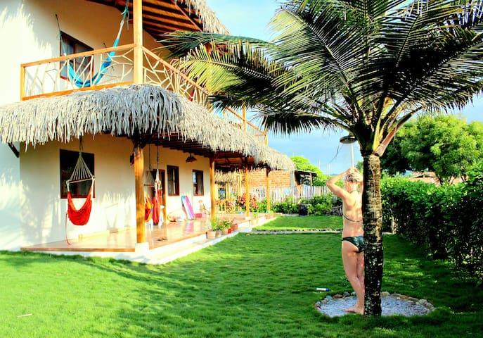 OCEAN VIEW BEACH HOUSE: Casa Esperanto - Las Tunas - Puerto López - Ev