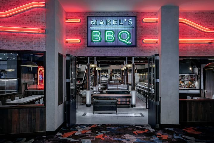 Come enjoy the bold flavors of the popular Food Network chef Michael Symon at Mabel's BBQ!