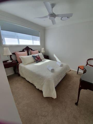Joy's Place - cosy bedroom close to Maitland