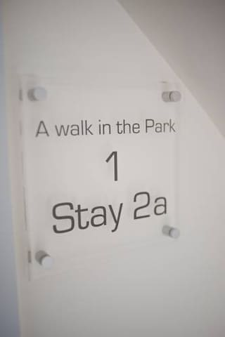 Stay 2a- 'Walk in the park' (Deluxe Room)