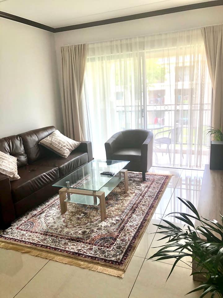 Elegant, Quiet Fourways Apartment
