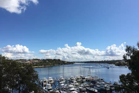 Cool Fremantle on the Swan River - East Fremantle