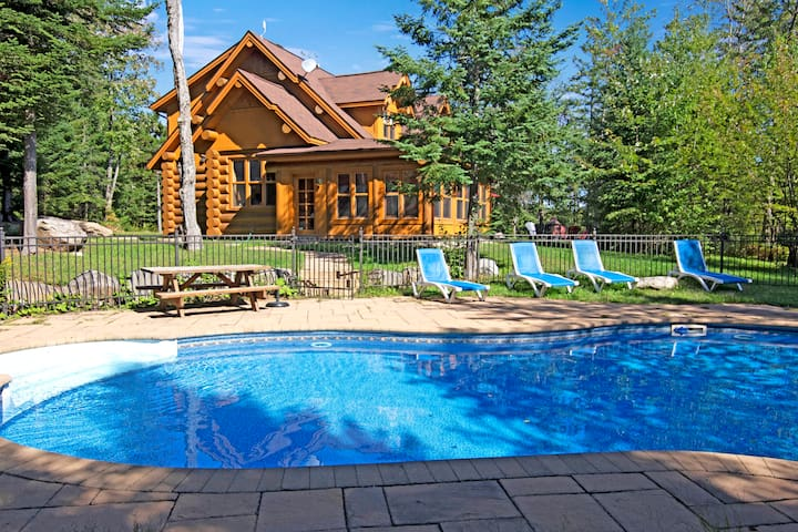 BLUE BEAR – spa, sauna, private pool and lake access