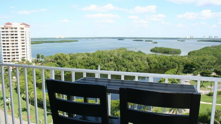 Lovers Key Beach Club Condo- Amazing View with Private Beach!